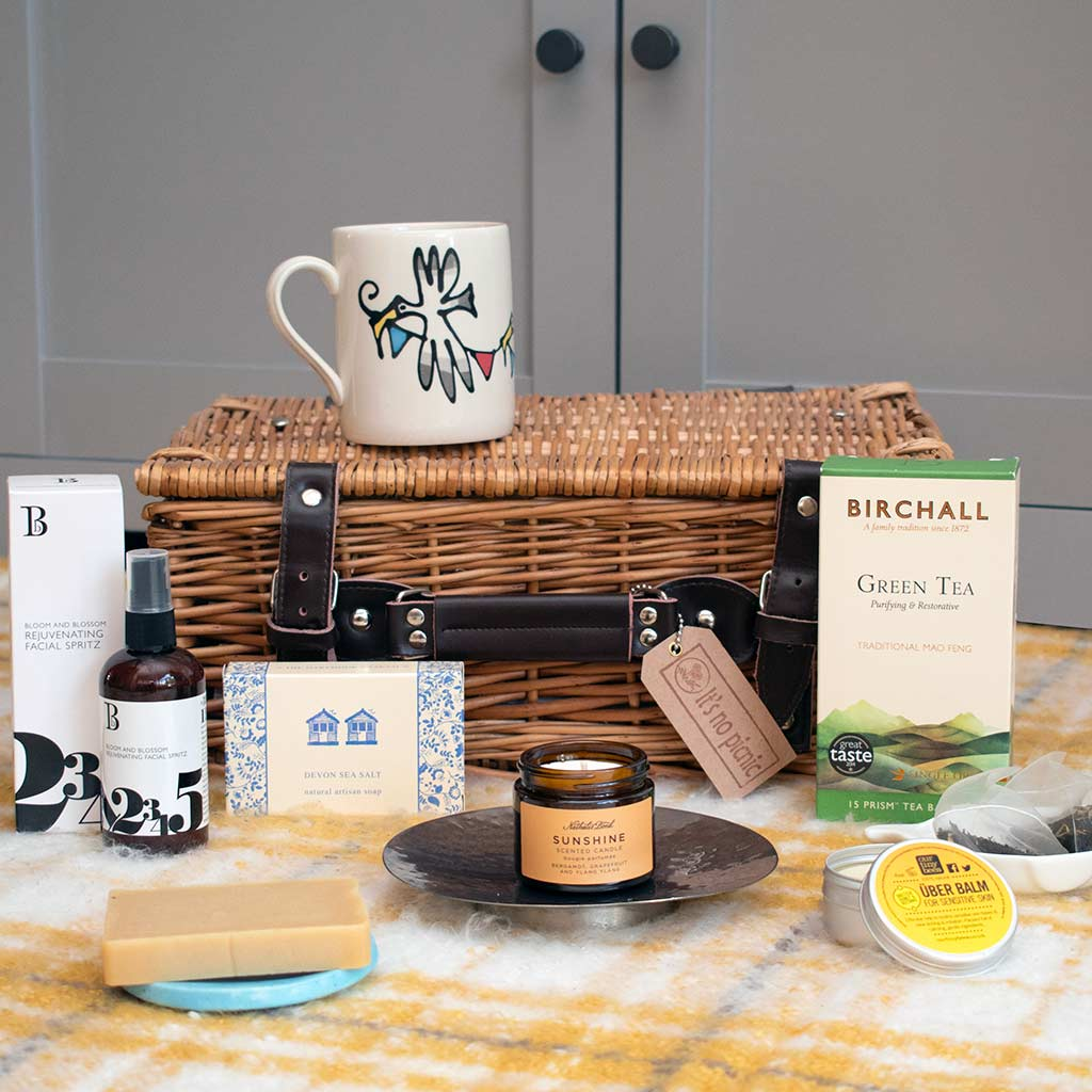 Endless summer hamper