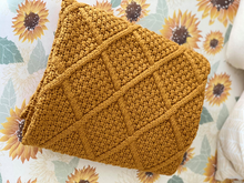 Load image into Gallery viewer, Honey Mustard Knitted Blanket - Happily Ever After Boutique