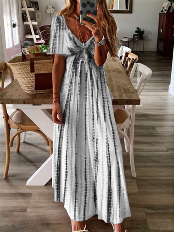 Holiday Printed V-neck Short Sleeve Maxi Dress