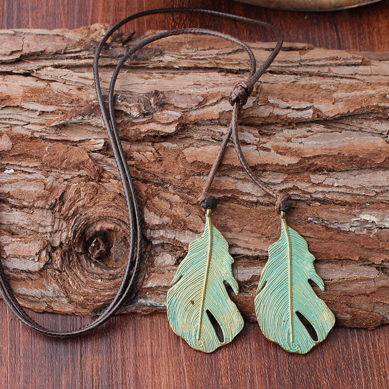Men Womens Vintage Leaf Alloy Sweater Necklace