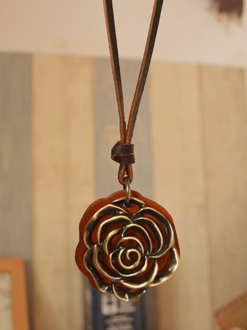 Casual Metal Rose Wood Necklace