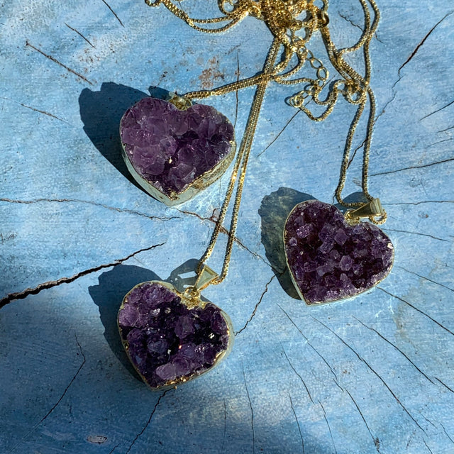 Druzy amethyst heart pendant necklace, gold