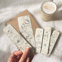Load image into Gallery viewer, Handmade Floral Bookmark