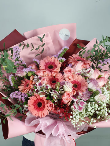 Pinky Surprise , Designer Bouquet - K. FLOWER