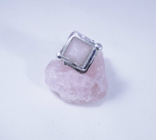 Rose Quartz Poison Box Ring - Luni
