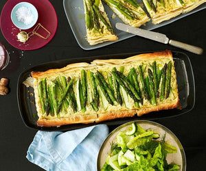 Asparagus, dill and onion tart