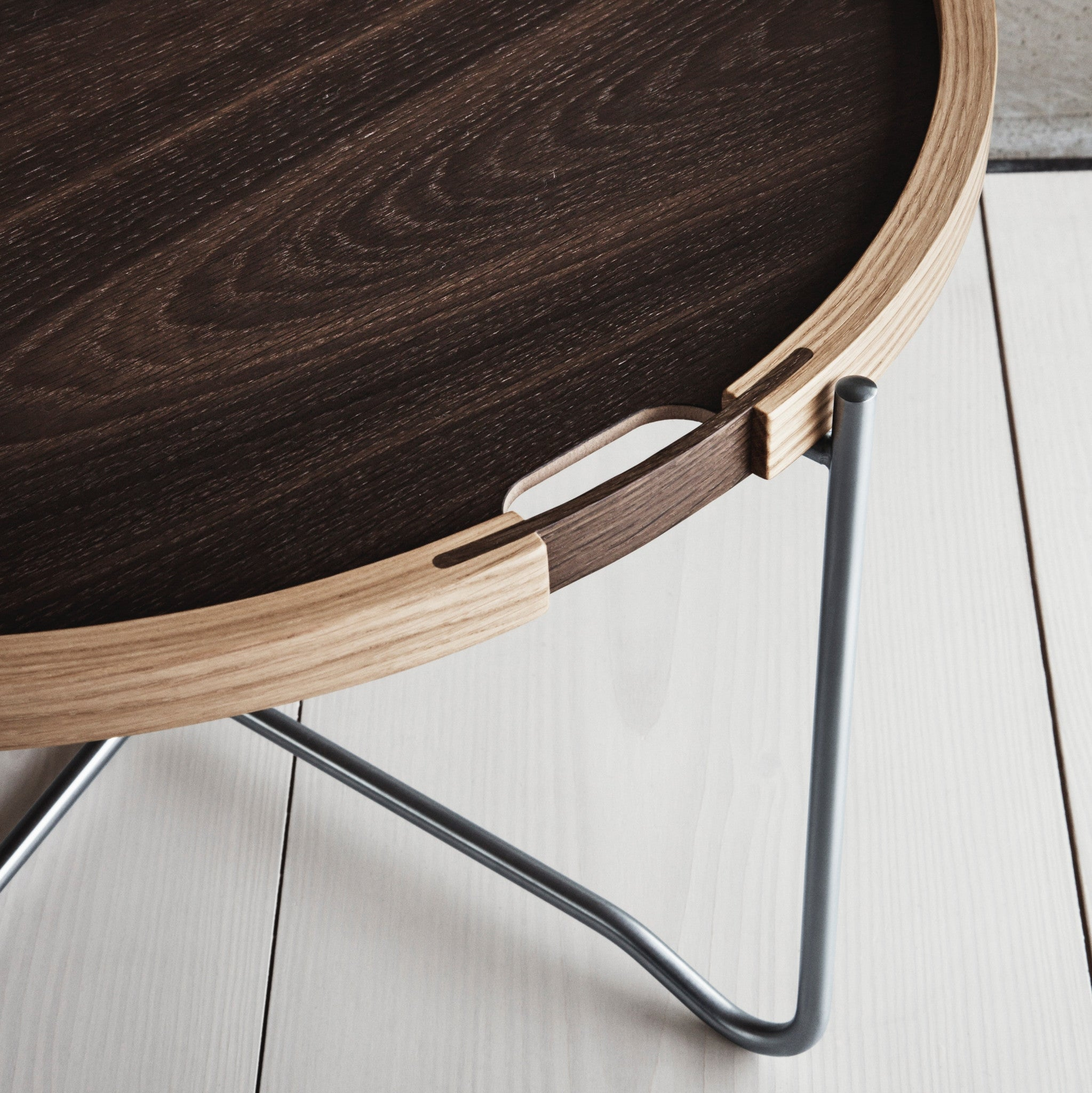 CH417 Tray Table by Hans J Wegner — haus