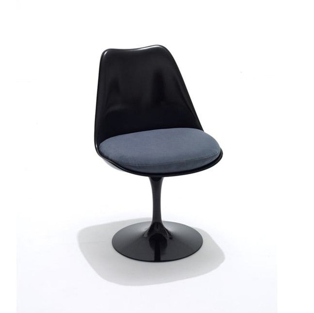 haus tulip chair by eero saarinen knoll. Black Bedroom Furniture Sets. Home Design Ideas