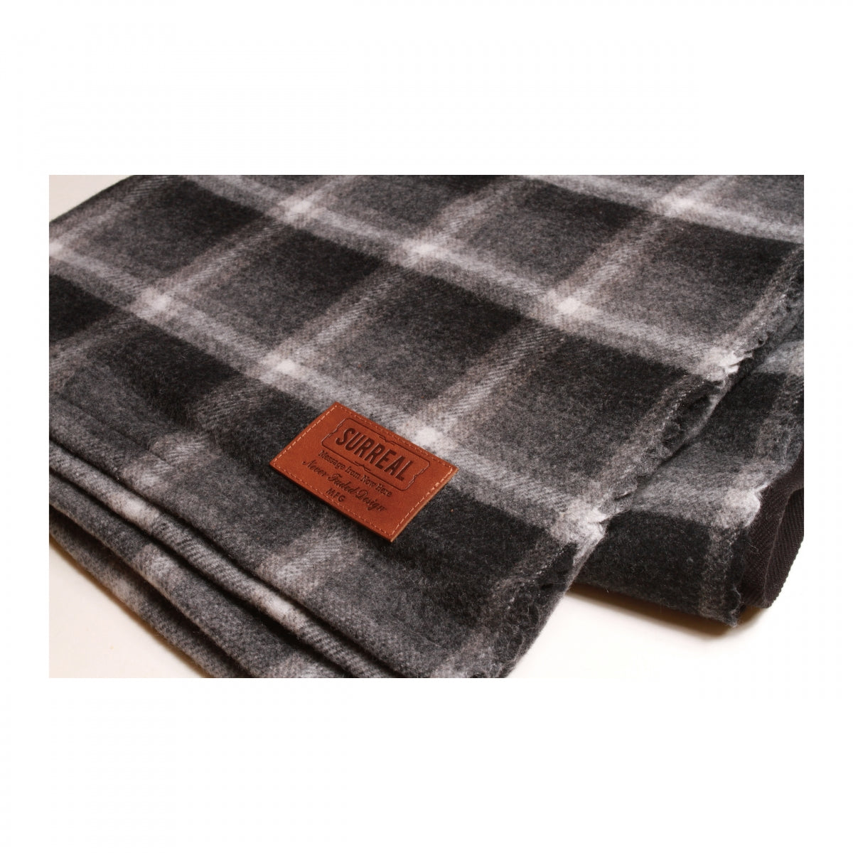 Jensen(Black Check)_Blanket Poncho & Leather Belt