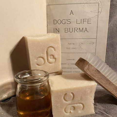 For your POOCH! - All Natural Dog Shampoo - indoor and outdoor dogs