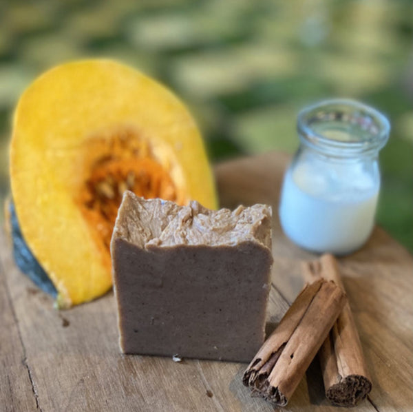 Fresh Goat Milk, Pumpkin and Cinnamon