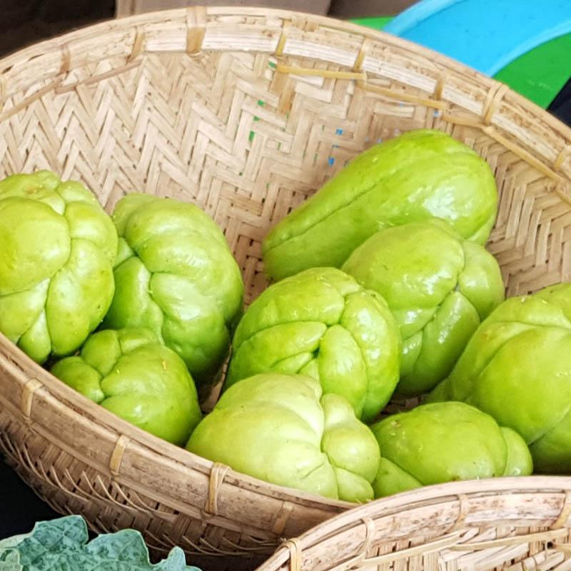 Load image into Gallery viewer, Chayote (2 pcs)