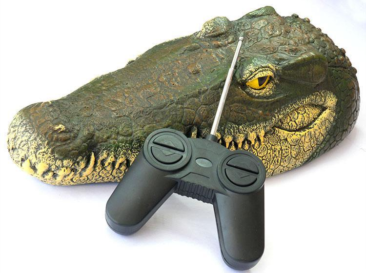 CROCOBOAT - Remote Control Alligator