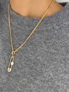 PIN THROUGH MY PEARL CHAIN GOLD