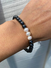 Load image into Gallery viewer, THE MEDEOR HEMATITE BRACELET