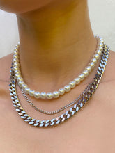 Load image into Gallery viewer, THE XL ERRDAY PEARLY CHOKER
