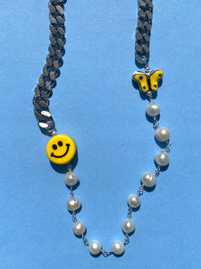 THE ROSARY SMILEY NECKLACE