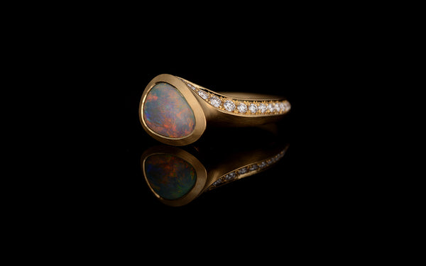 Lightening Ridge opal & diamond-set Arris ring