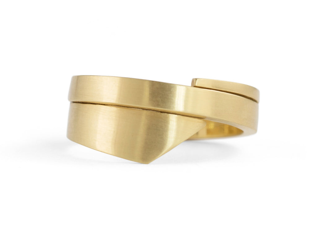 Unusual hand-forged yellow gold ladies wedding band