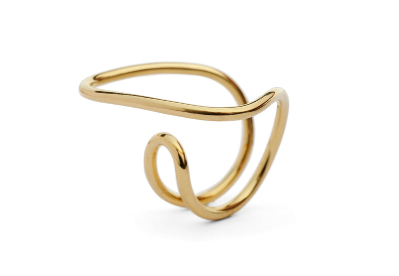 18 carat yellow gold wire ring