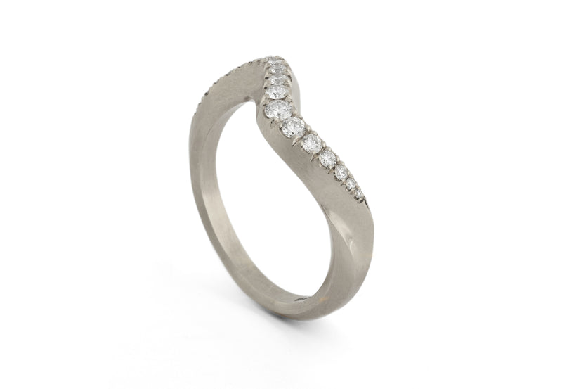 Arris carved ring with castelle diamonds-McCaul