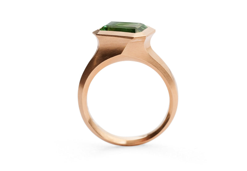 Arris carved 18ct rose gold and mint green tourmaline ring