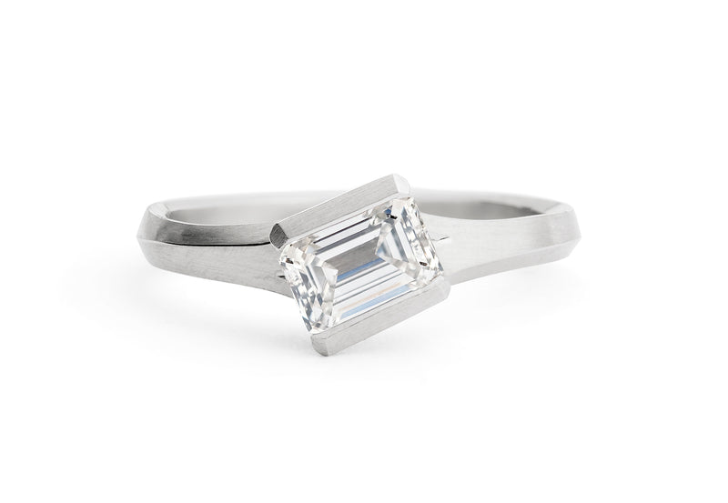 Arris-ring-platinum-emerald-cut-white-diamond-1