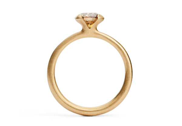 Calyx-ring-rose-gold-cognac-diamond