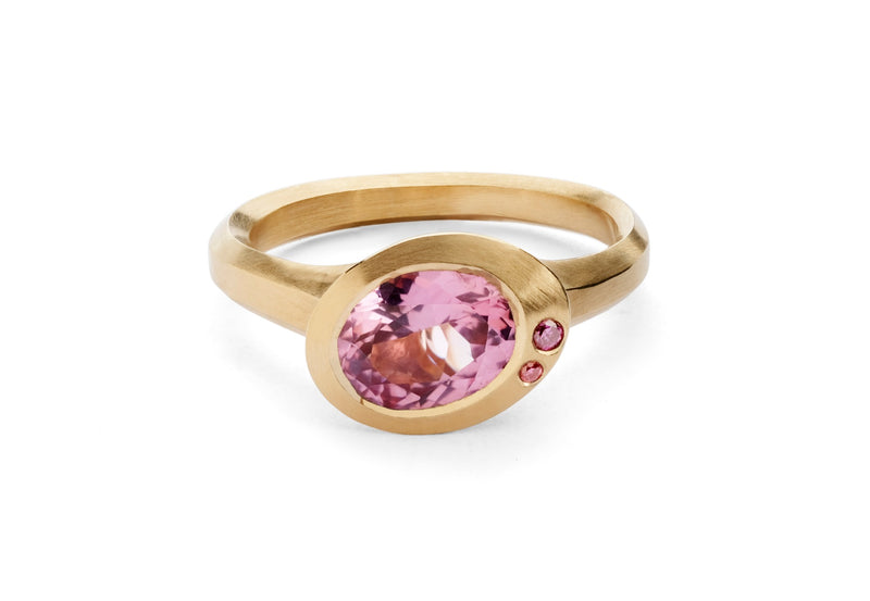 Rose gold Arris ring with oval pink spinel and pink diamonds