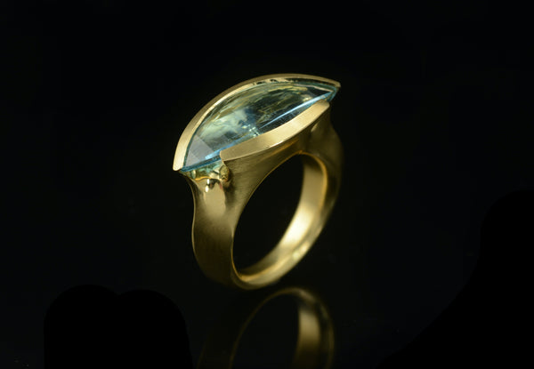 Carved yellow gold and aquamarine ring-McCaul