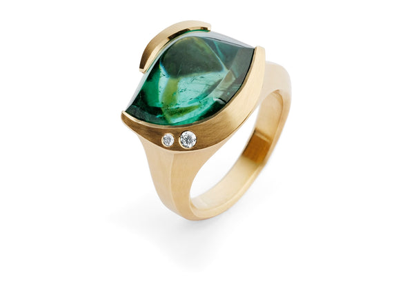 Carved rose gold ring with green tourmaline and white diamonds