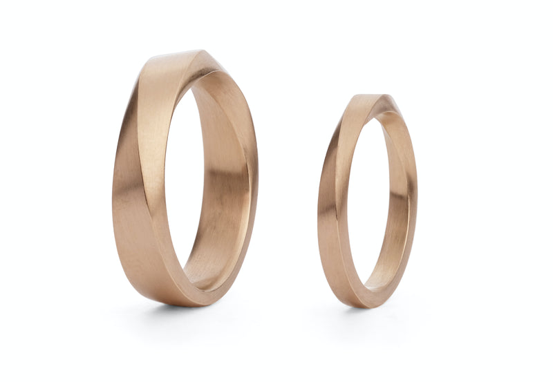 Ladies and mens mobius wedding bands (top twist)