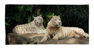 "Tiger Medium Beach Towel (28"" x 58"")"