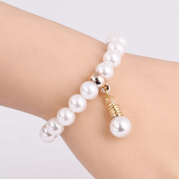 GR Jewelry Best Friends Gift For Children Imitation Pearl Bracelet Women Geometric Charms Bracelet For Women