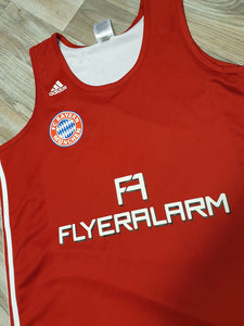 Bayern Munich Basketball Reversible Jersey Size Medium