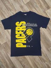 Load image into Gallery viewer, Indiana Pacers T-Shirt Size Medium