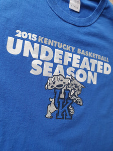 Kentucky Wildcats 2015 Undefeated Season T-Shirt Size Small