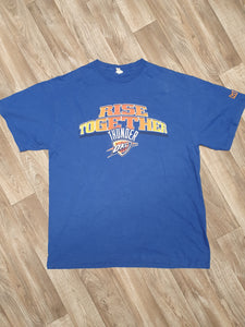 Oklahoma City Thunder T-Shirt Size XL