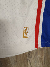 Load image into Gallery viewer, Philadelphia 76ers Shorts Size Large
