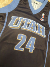 Load image into Gallery viewer, Raul Lopez Utah Jazz Jersey Size Small