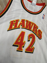 Load image into Gallery viewer, Theo Ratliff Signed Atlanta Hawks Jersey Size XL