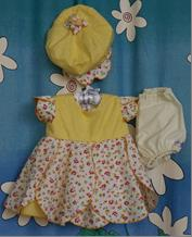 243 - YELLOW PETAL DRESS, PANT & BULB HAT - 3pc - Sz 000