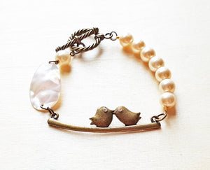 Vintage Kissing Birds Pearl Bracelet