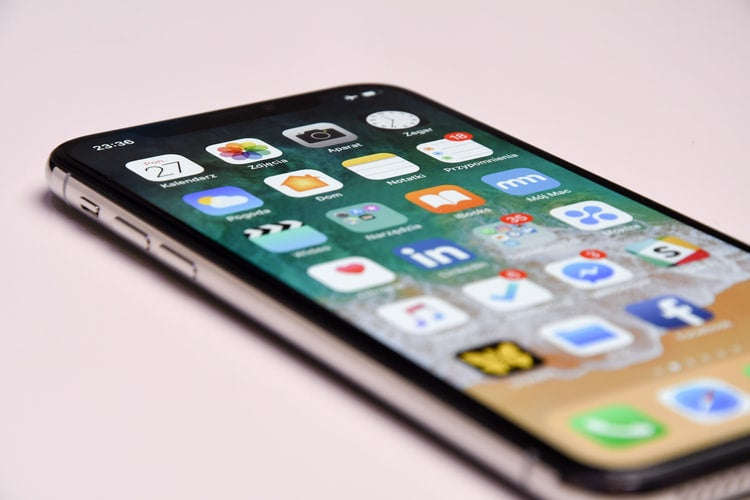 Beginner's Guide: 5 Useful Tips for First-Time iPhone Users