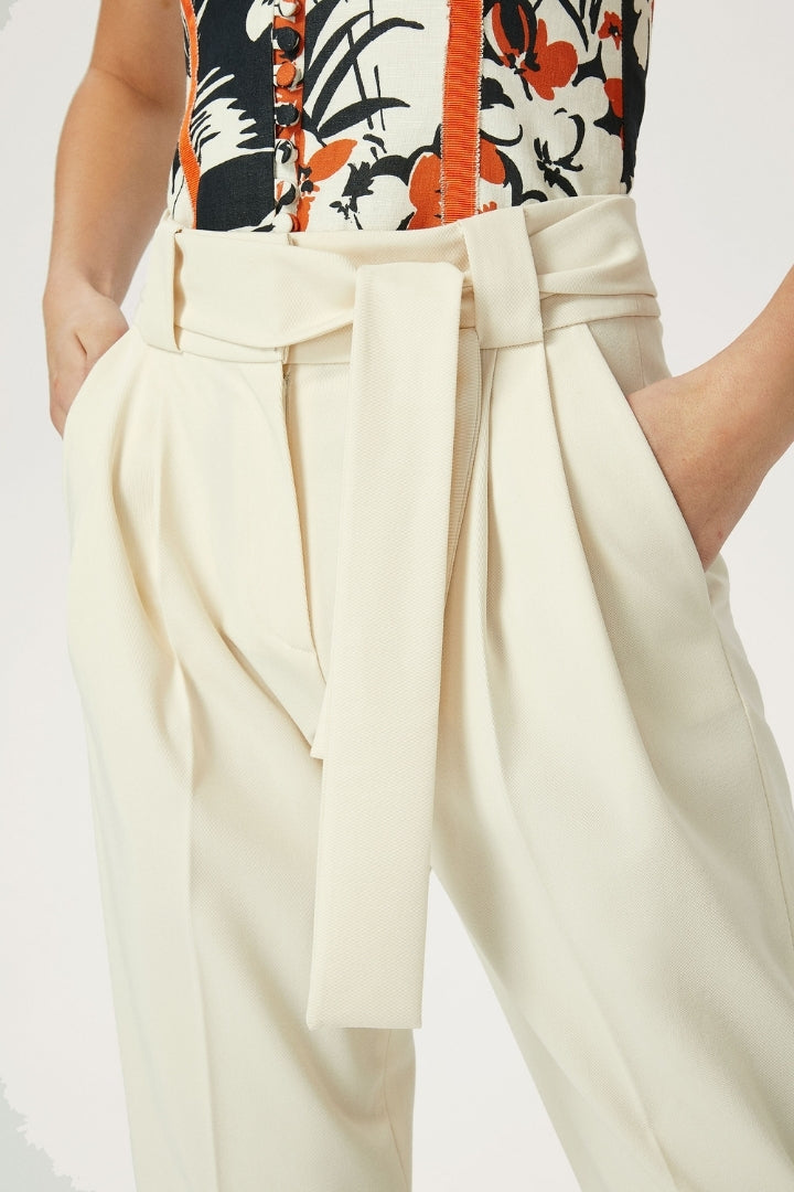 Trousers With Belt & Turn Up Detail