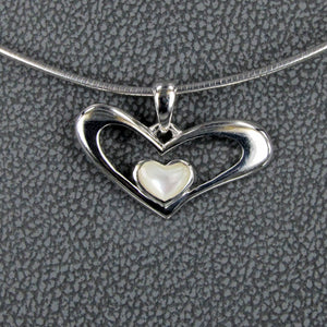 HEART PENDANT WITH PEARLSHELL