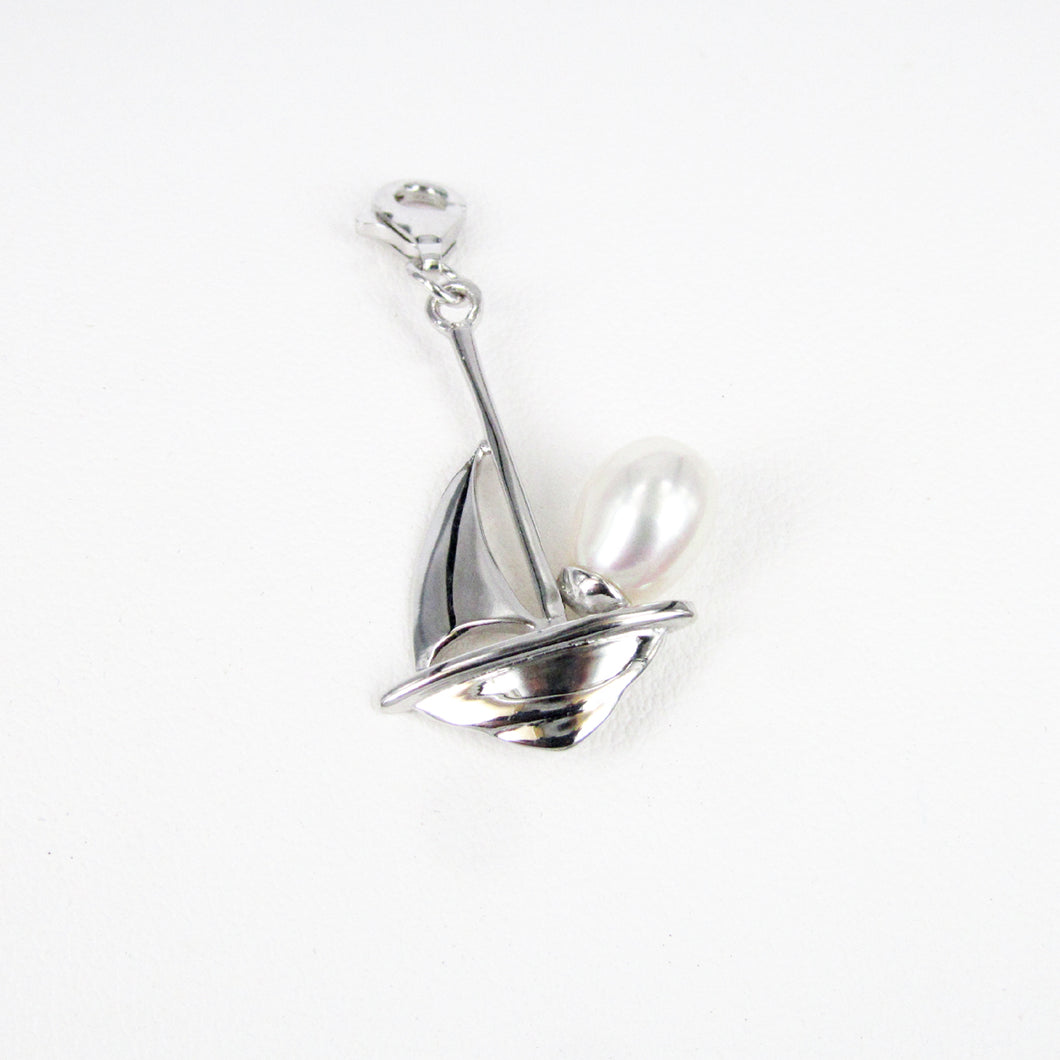 PEARL LUGGER CHARM