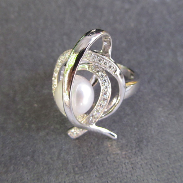 PEARL AND CZ SPIRAL RING