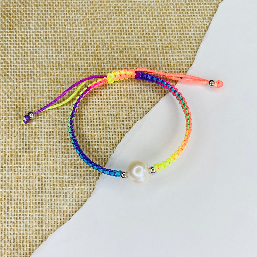STRING AND PEARL BRACELET CHILD
