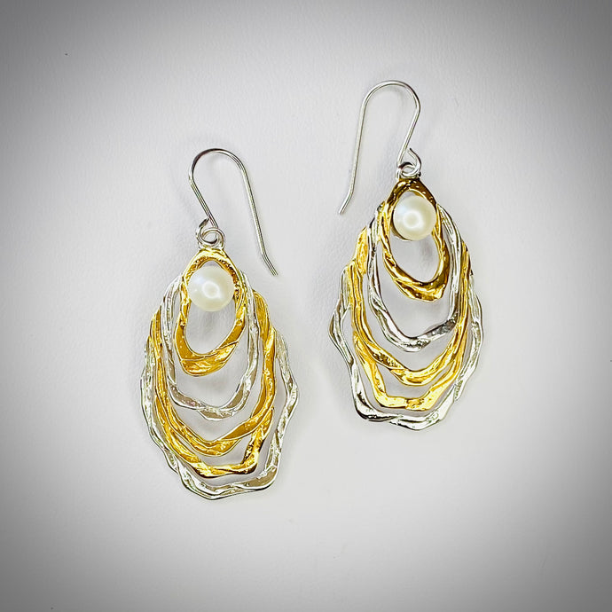 PEARL OYSTER EARRINGS